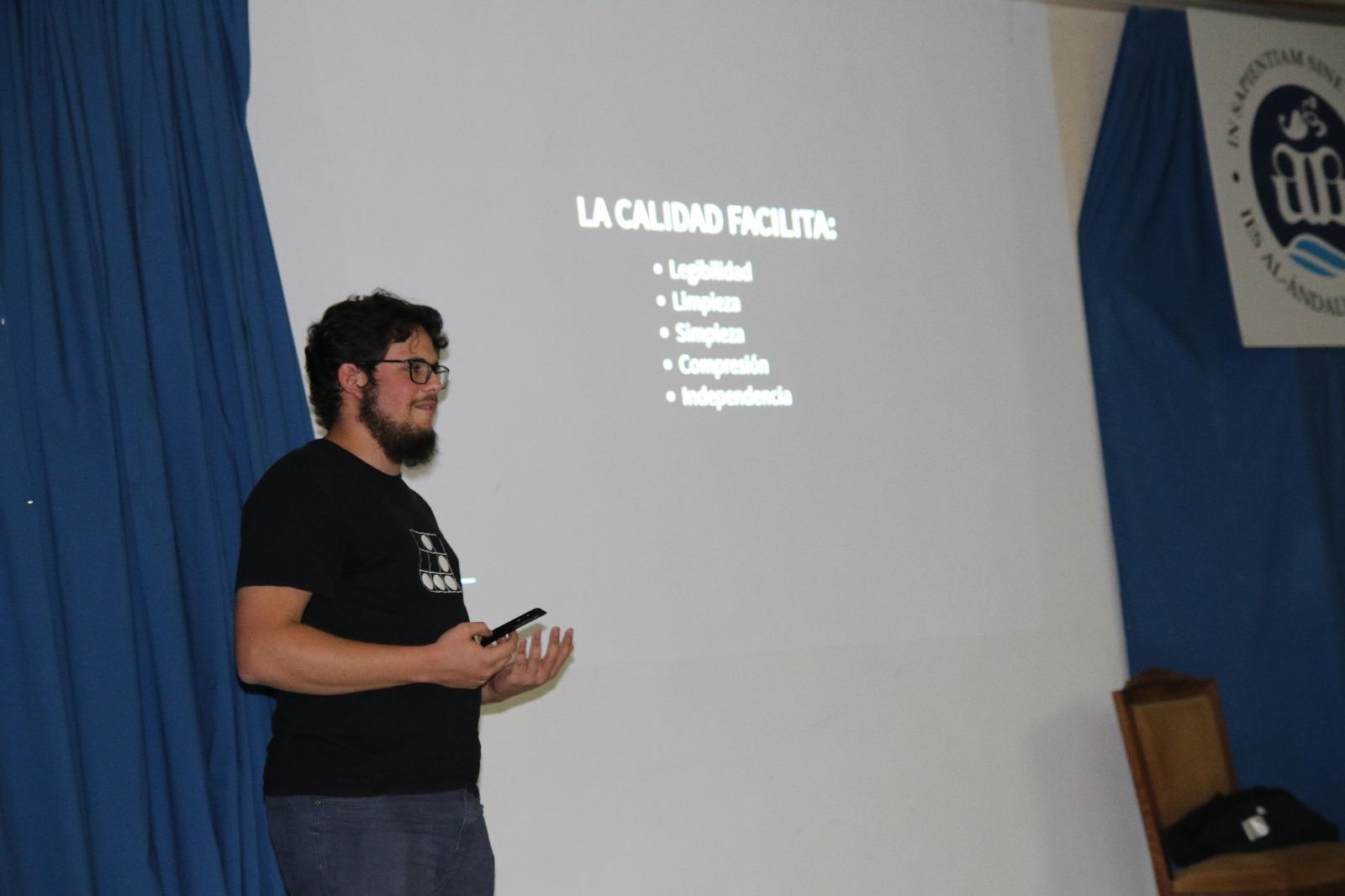 Fotografía de la charla